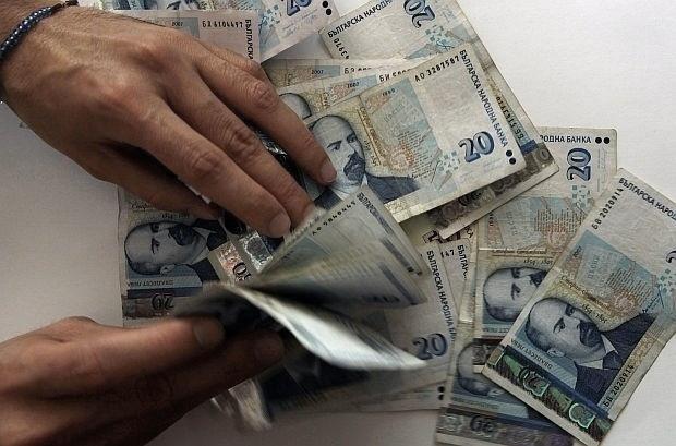 Данъкът върху доходите от стопанска дейност на ЕТ е 15 %