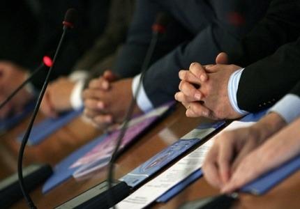 Бизнесът и синдикатите също потърсиха варианти за разрешаване на проблема с КТБ