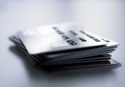 Таксите при трансакции с дебитни и кредитни карти ще бъдат ограничени с общи за ЕС правила