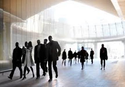 Приета е процедурата за достъп до пазара на труда на чужденци
